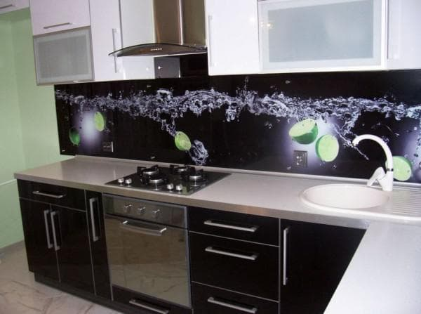 glass aprons for the kitchen with photo printing