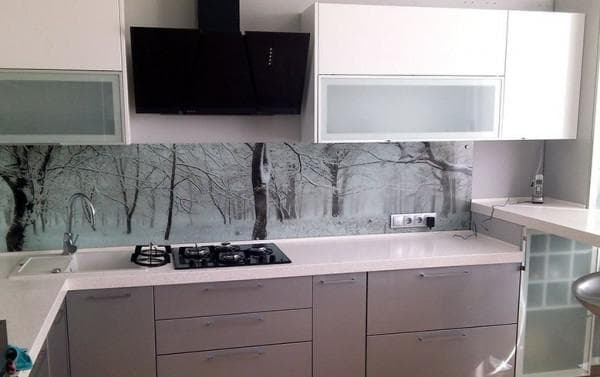 glass aprons in the kitchen