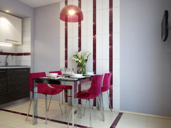 Plastic chairs are bright and stylish and indispensable if you want to fill your kitchen with colors