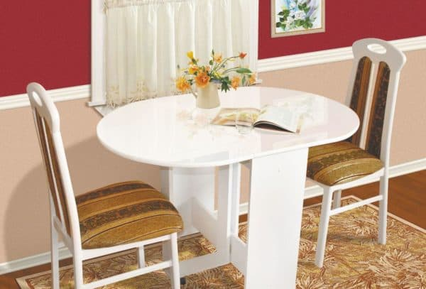 Chairs with backrest for the kitchen