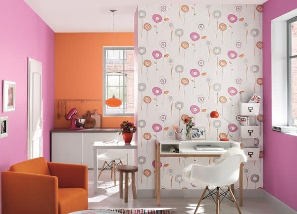 beautiful wallpaper of different colors in the kitchen