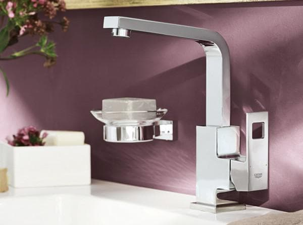 Faucets Groe for kitchen
