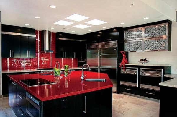 Black red: passionate and impetuous